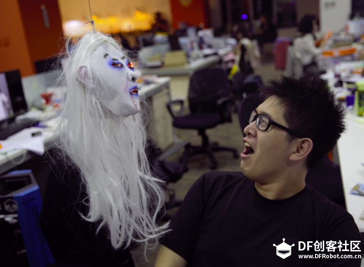 How to Make A Terrifying Halloween Gadget - DFRobot
