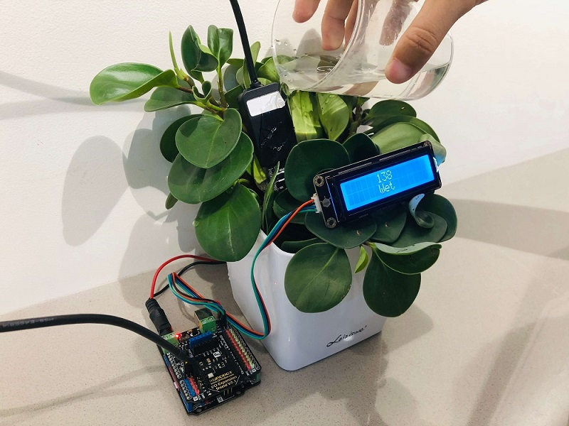 Gravity: Analog Waterproof Capacitive Soil Moisture Sensor