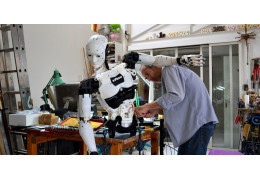 Interview with Gael Langevin, the Sculptor Who Created 3D Printable Robot InMoov
