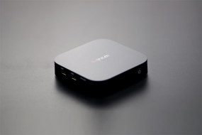Wintel Box (Windows 8.1+Quad Core 1.33Ghz+2G/32G)