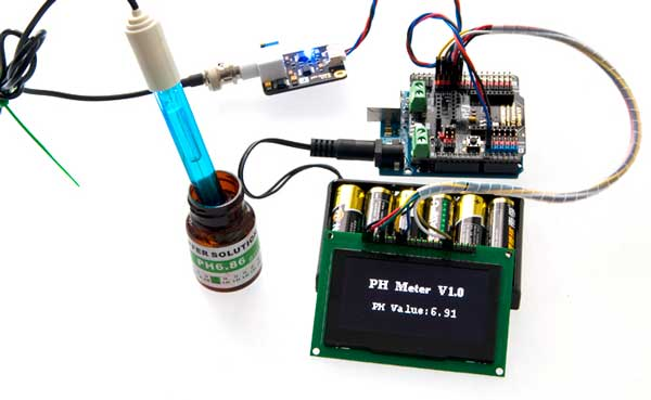 Analog pH Sensor / Meter Kit For Arduino Connection