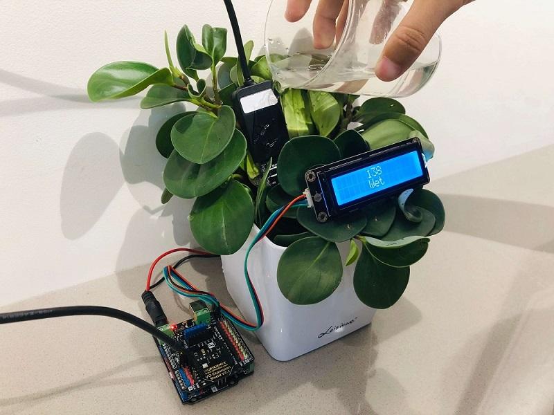 Gravity: Analog Waterproof Capacitive Soil Moisture Sensor